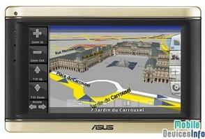 GPS navigator Asus R700